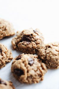 healthy-peanut-butter-protein-cookies-2