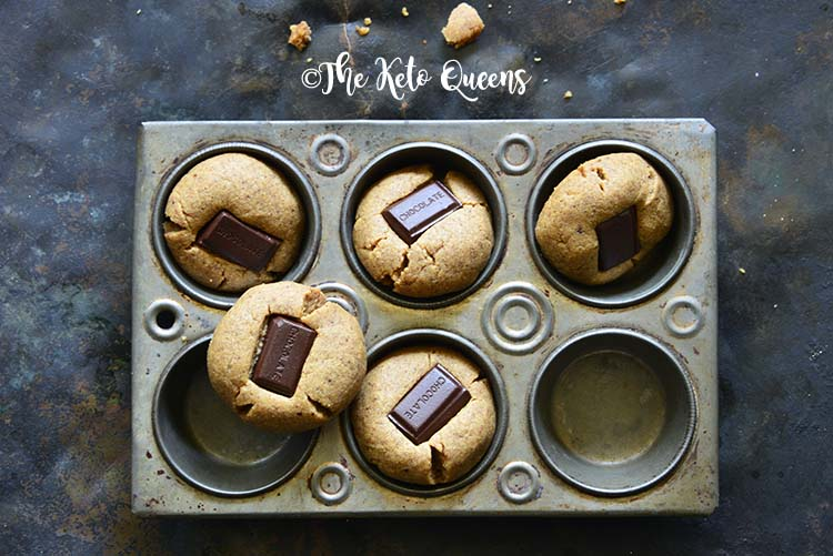 Almond Butter Cookies – Chocolate Kiss Cookies {Low Carb}
