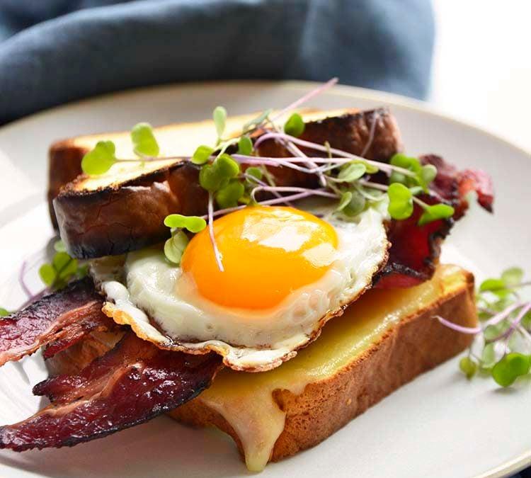 Keto Breakfast Sandwich | Bacon Egg and Cheese