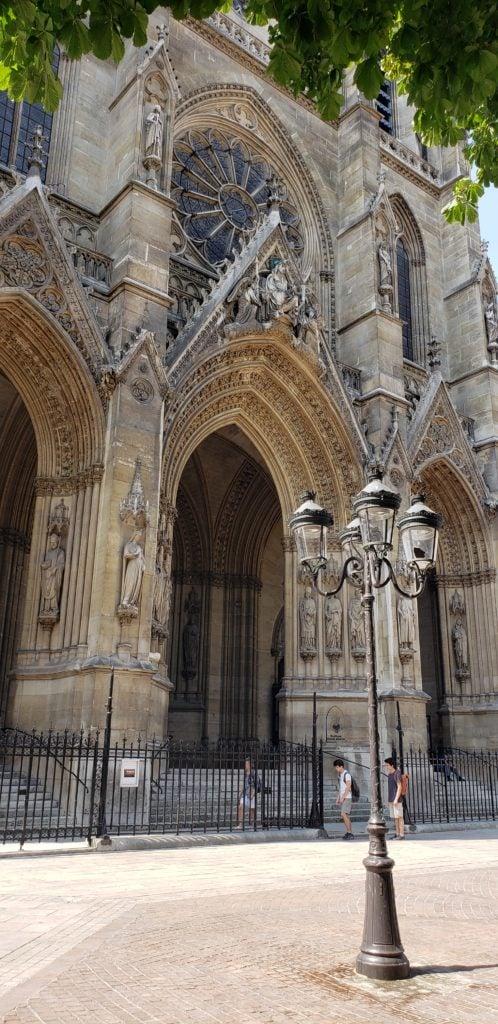 sainte clotilde basilica front view