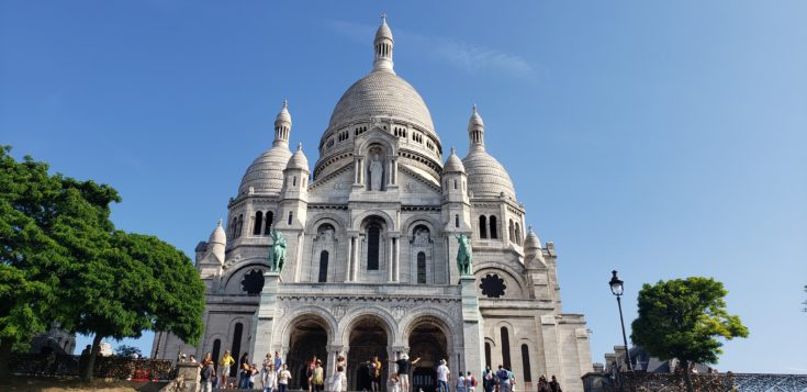 up close view of sacre coeur