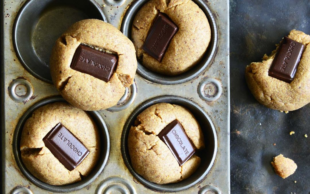 Almond Butter Cookies – Chocolate Kiss Cookies (Low Carb)